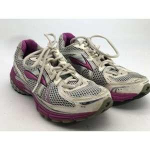 Brooks Adrenaline GTS 12 Running Shoes White /Pink